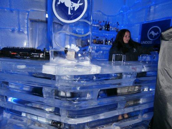 Lindos Ice Bar: ice bar