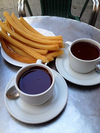Chocolatería San Ginés: Cioccolata e churros, buoni!!!