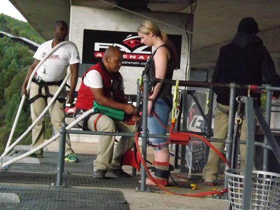 Face Adrenalin - Bloukrans Bungy: Almost the moment of truth