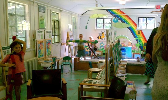 Cayuga Nature Center: The children's exploration room