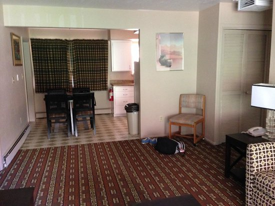 Goulding's Lodge & Campground: Our suite