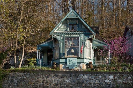 Cliff Cottage Inn - Luxury B&B Suites & Historic Cottages: Cliff Cottage