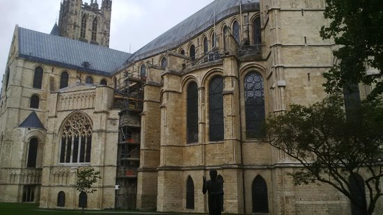 Canterbury Cathedral: Side