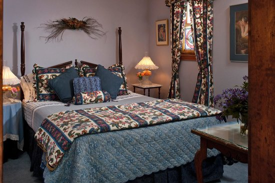 Cliff Cottage Inn - Luxury B&B Suites & Historic Cottages: Thoreau Suite