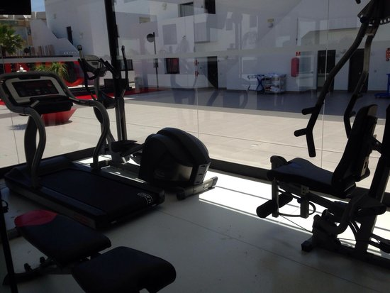 Migjorn Ibiza Suites & Spa: Gym area with air con