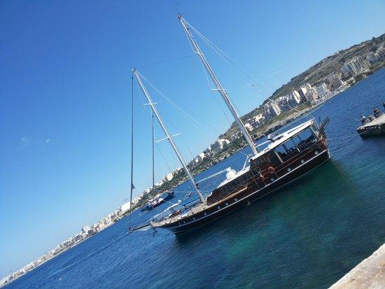 The Chef Restaurant: The view of Xemxija Bay