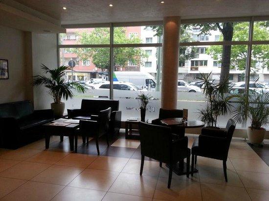 Ivbergs Hotel Berlin Messe: Lobby