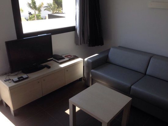 Migjorn Ibiza Suites & Spa: 32inch TV and docking station plus sofa bed :)