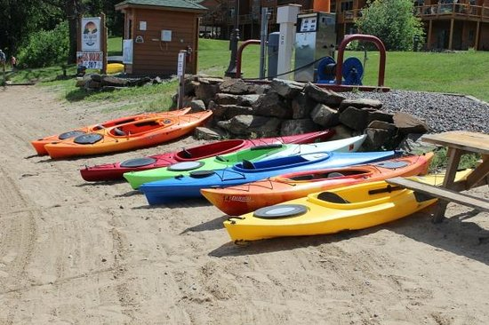 Big Sandy Lodge & Resort: lake fun