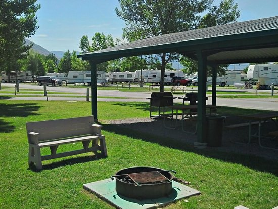 Springville / Provo KOA: Join us for smore nights and hot dog roasts!