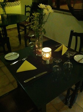 Bunkers Bistro & Grill: table for two