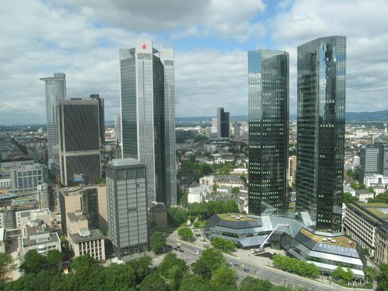 Innside by Melia Frankfurt Eurotheum : The view from the room