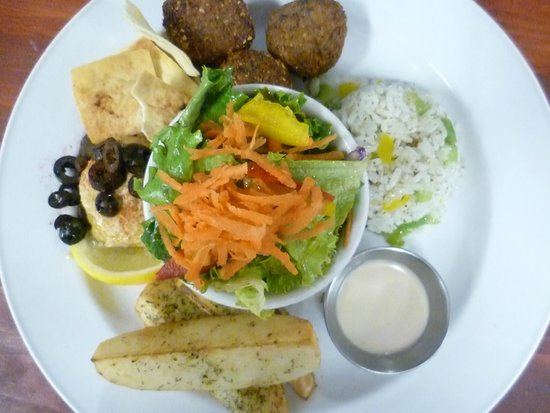 The Hungry Chef - TEMPORARILY CLOSED: Vegetarian Plate