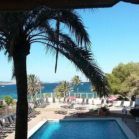 Abrat Hotel: View from restaurant.
