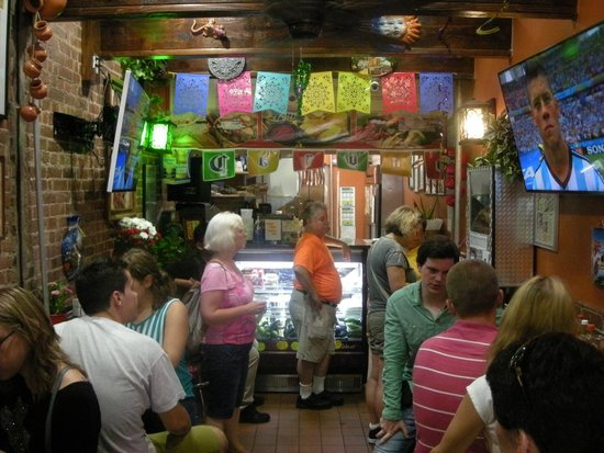 Food On Foot Tours : True Mexican food