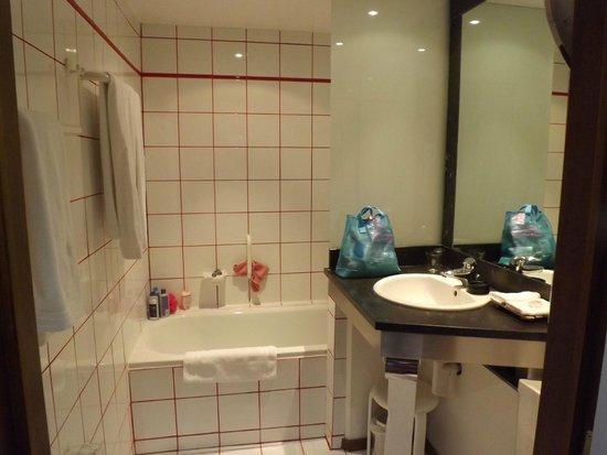Park Hotel Brugge : bathroom