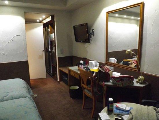 Park Hotel Brugge : our room