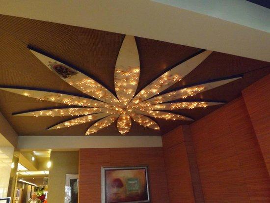 Park Hotel Brugge : lovely light fitting