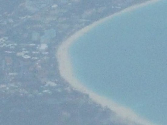Ocean Club West: Even from the Plane it looks Beautiful