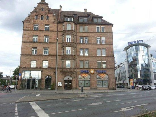 Park Inn by Radisson Nürnberg: Outside View
