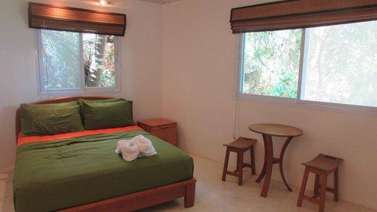 Monkey Flower Villas: Bedroom