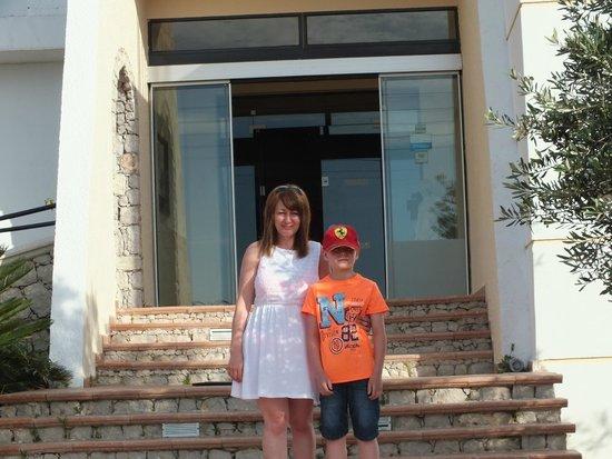 Rodos Star Hotel: Hotel Entrance
