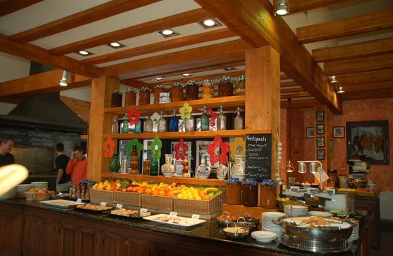 Trofea Grill Etterem Obuda : Интерьер ресторана