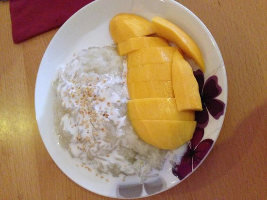 Boonnak Thai: Mango and sticky rice