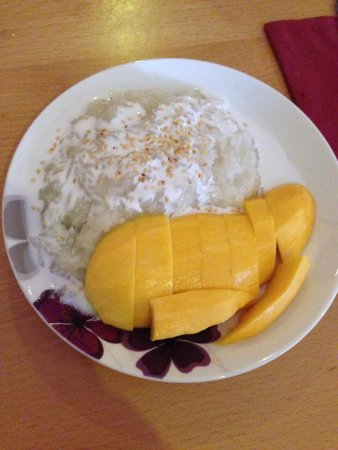 Boonnak Thai Restaurant: Mango and sticky rice