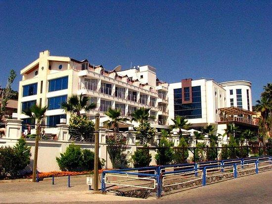 Ideal Pearl Hotel : вид снаружи