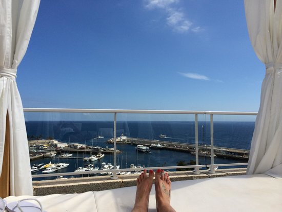 Marina Bayview: View from the 4 poster sunbed