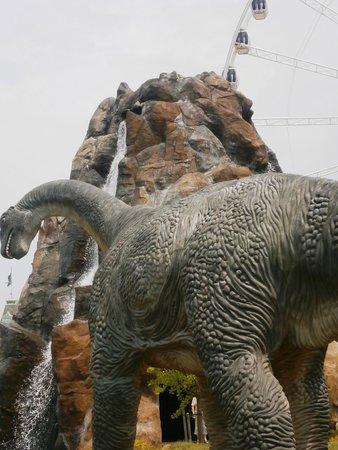 Dinosaur Adventure Golf: Didplodocus