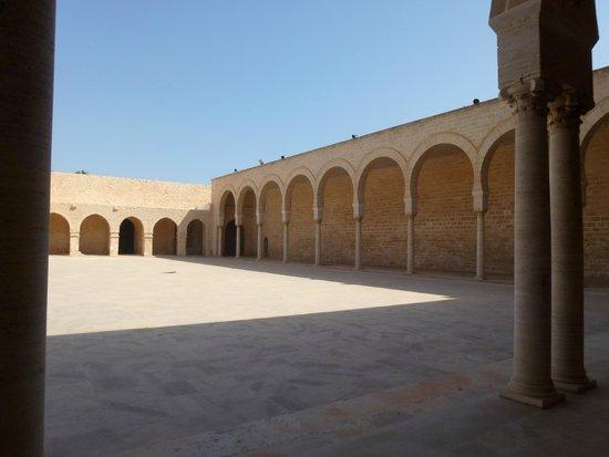 Medina de Túnez: это святое место местных прихожан