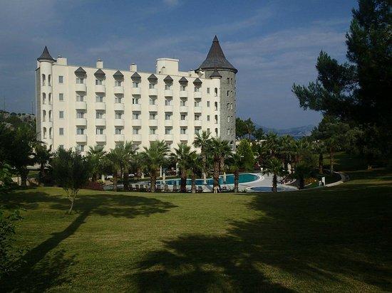 Alinn Sarigerme Boutique Hotel : территория отеля