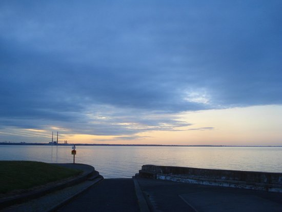 Acara House B&B: View of Dublin bay from Seapoint