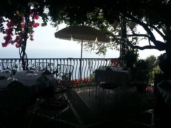 Al Barilotto Del Nonno : Terrasse