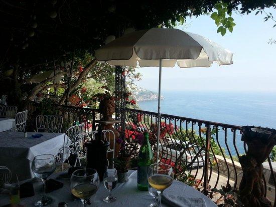 Al Barilotto Del Nonno: herrlicher Ausblick von der Terrasse