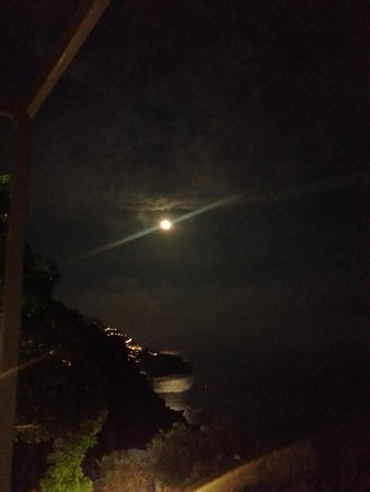 Al Barilotto Del Nonno : Ausblick bei Nacht vom Zimmer