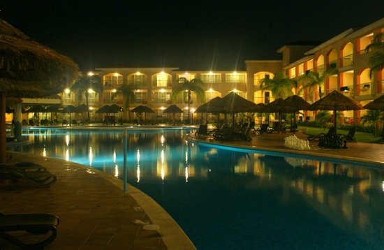 Sandos Playacar Beach Resort : Pileta sector adultos.