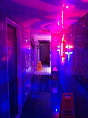 Crystal Palace Spa: Hallway