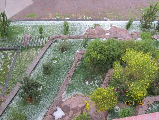 Hotel Jose Antonio Puno: Vista da janela do quarto