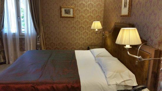 Hotel Moresco : Bedroom