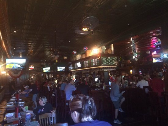 Meg O'Malley's Restaurant & Irish Pub: Meg O Malleys