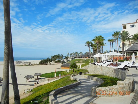 Hilton Los Cabos Beach & Golf Resort: beach/Hotel