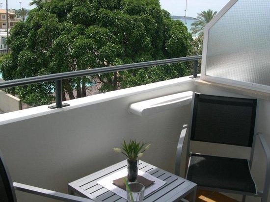 Hotel Kontiki Playa: Balkon