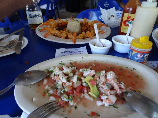 Pescaditos Cancun: Mixed ceviche