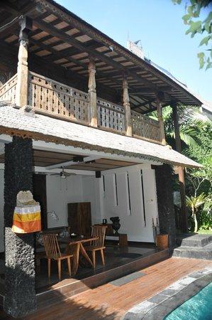 KajaNe Mua Private Villa & Mansion: fachada villa dos plantas (1 dormitorio)