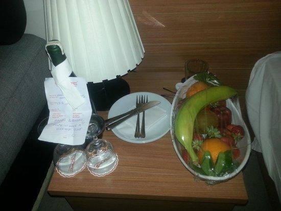 Magnific Hotel: birthday present