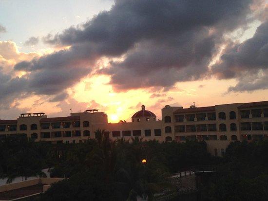 Hacienda Tres Rios: Sunset at HTR