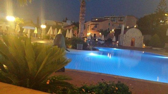 Asterias Village Resort: Pool area